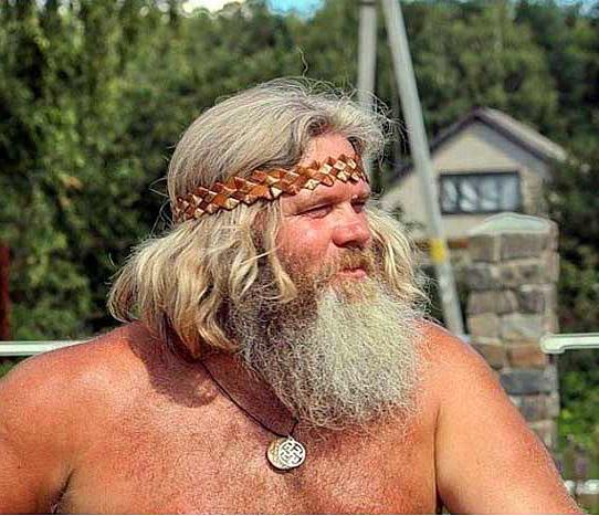 Без бороды муж – не дюжъ.